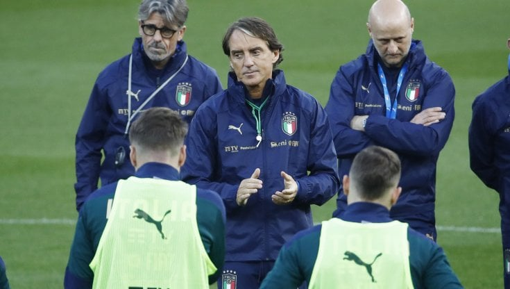 26 titolari, Roberto Mancini non ne scorda uno